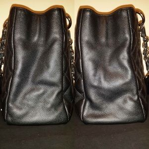 CHANEL Bags - BLACK FRIDAY SALE Chanel GST handbag AUTHENTICATED